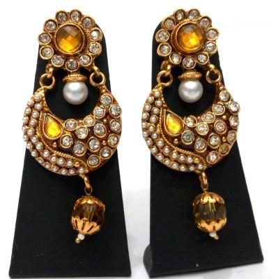 Womaniya murmuring shines Alloy Chandbali Earring