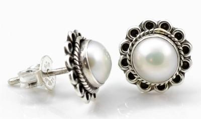 YugshaJewels Pearl Silver Stud Earring