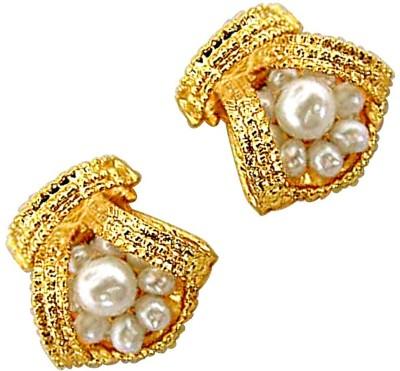 Surat Diamond Beautiful Bejeweling Pearl Metal Stud Earring