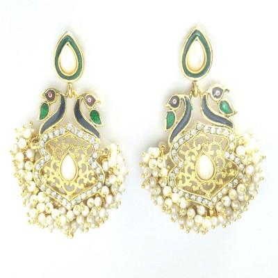 Fashion Pitaraa Pearl Delight Copper Chandelier Earring
