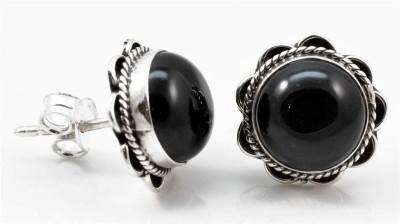 YugshaJewels Onyx Silver Stud Earring