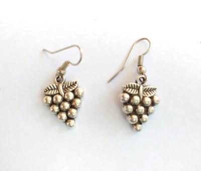 SrinidhiHandiCreations Grapes Metal Dangle Earring