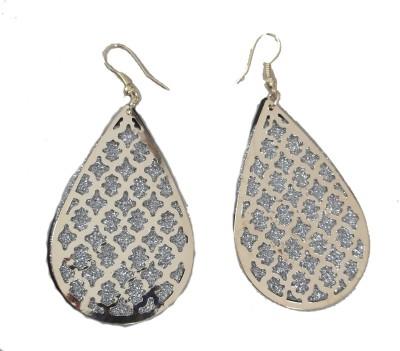 MH Piramid Crystal Plastic Jhumki Earring