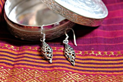 9 Gifts Shrimant Maratha Sliver Silver Dangle Earring