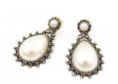 Dhrohar Diva Alloy Drop Earring