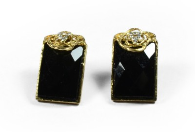 Colors of Sin Shimmering rectangle with CZ - Black Metal Stud Earring