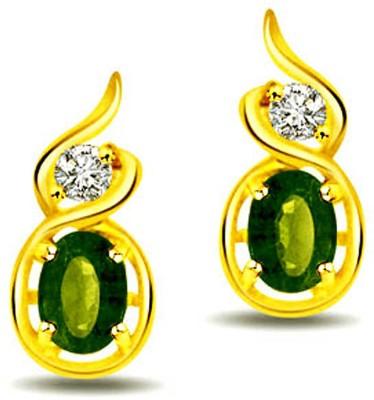 Surat Diamond Diamond, Emerald Yellow Gold Stud Earring