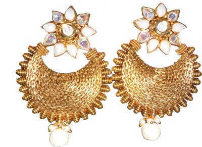 Saraa Dazzling Flower Cubic Zirconia Metal Chandbali Earring