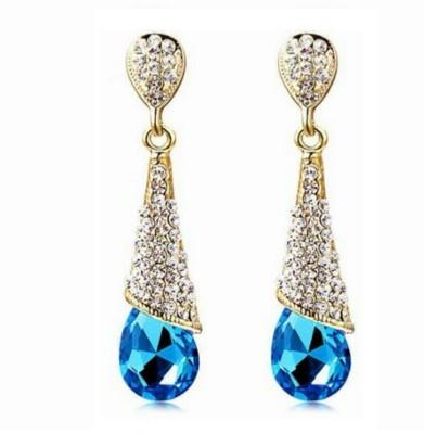 University Trendz Univ _E066 Crystal Alloy Dangle Earring