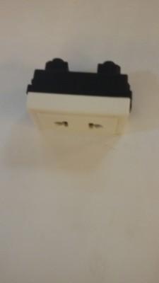 Siemens 5UB0 611-1NL 10 Single Pin Socket