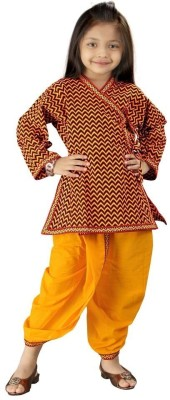 Great Art Girl's Angarkha and Dhoti Pant