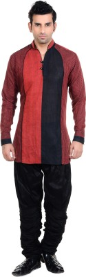New Looks Men's Kurta and Pyjama Set