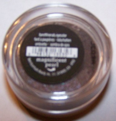 Bare Escentuals Magnificent Pearl Shadow New Sealed 3 g