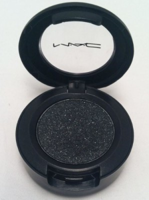 Mac Shadow Velvet Black Tied M25080 3 g