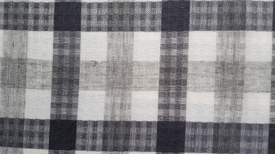Nirvan Fabrics Cotton Polyester Blend Checkered Shirt Fabric
