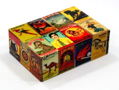 United Trade Linkers B145 Wooden Gift Box
