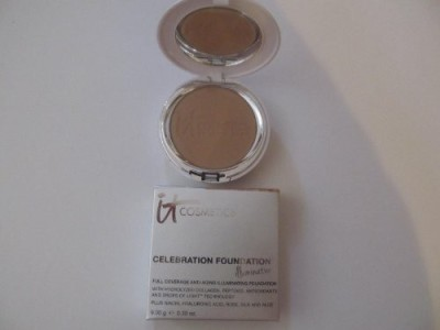 It Cosmetics Celebration Foundation Illumination Foundation