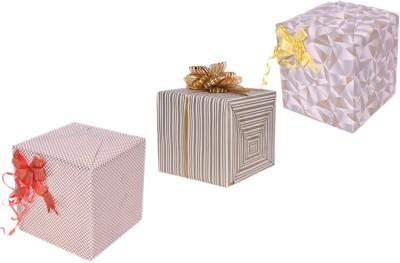 Star White & Gold Combo Muti Design Italian Paper Gift Wrapper
