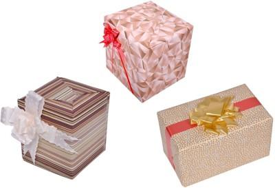 Star Golden white Combo Stripes & Triangles Italian Paper Gift Wrapper