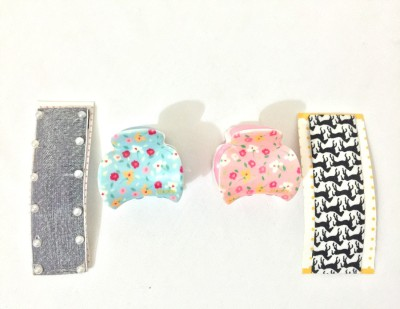 Ecombasket Combo of 4 Printed Cloth with Pearl Tic Tac Clip, Hair Claw
