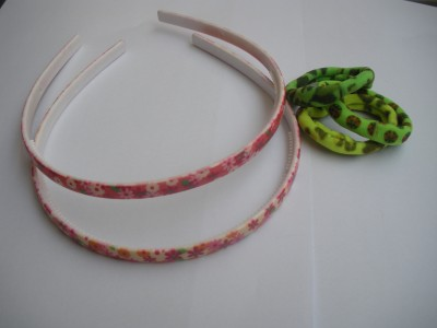 Glitterr Hair bands and set of rubber ban Hair Band