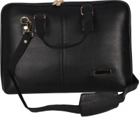 Hide Bulls Shoulder Bag