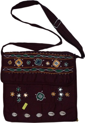 Muren Messenger Bag