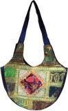 Adaa Shoulder Bag (Multicolor)