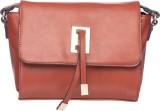 Elespry Shoulder Bag (Beige)