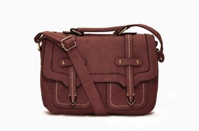 Escue Messenger Bag