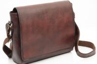 Chanter Messenger Bag
