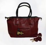 Qalisers Shoulder Bag (Maroon)