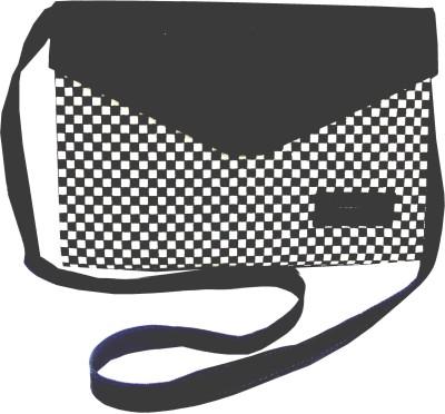 Saavi International Shoulder Bag