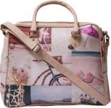 Bandbox Hand-held Bag (Multicolor)