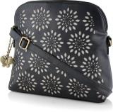 BUTTERFLIES Shoulder Bag (Black)