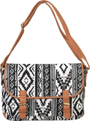 Urban Fashion Co. Shoulder Bag