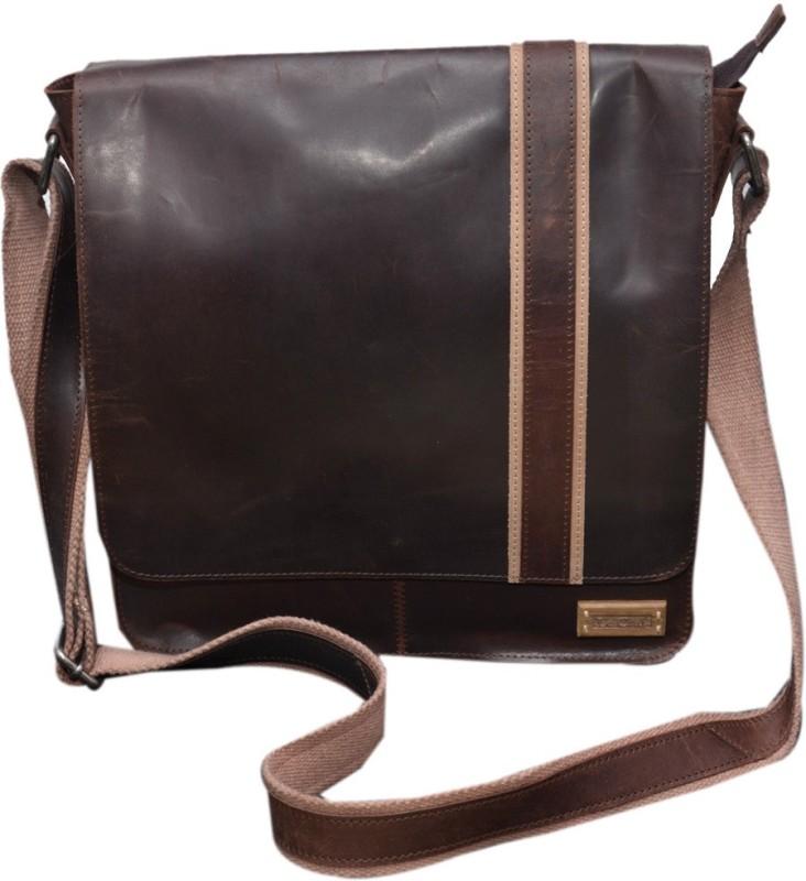 Le Craf Messenger Bag(Brown, Brown)