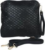 Solly Shoulder Bag (Black)