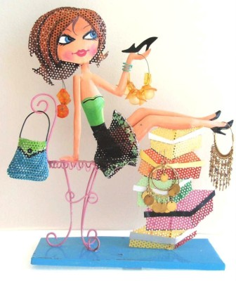 Bali Mantra Starry Eyed Shoe Shopping Girl, Jewellery Organizer