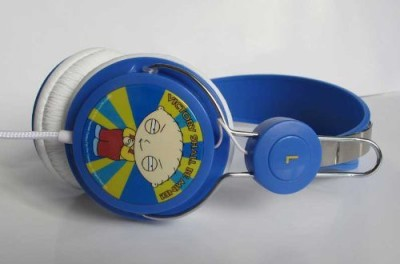 Audiology Fg4-17-2 Family Guy Stereo Headphones For Ipods, Iphones And Mp3 Players, Victory Headphones