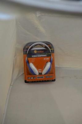 SOROO HP -UUU Stereo Dynamic Headphone With Mic Wired Headphones