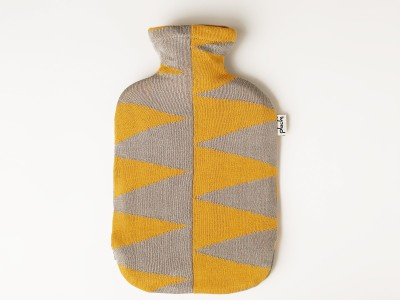 Pluchi Pyramids Hot Water Bottle Cover Non-Electrical 2 L Hot Water Bag