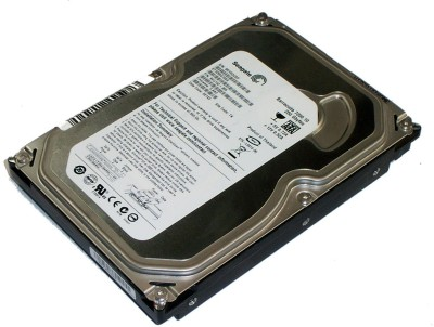 Seagate Barracuda 250 GB Desktop Internal Hard Drive (ST3250410AS)