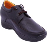Celby Brown Pubbing lace up casual shoes...