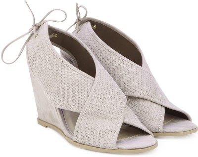 QUPID Women TPPS Wedges at flipkart