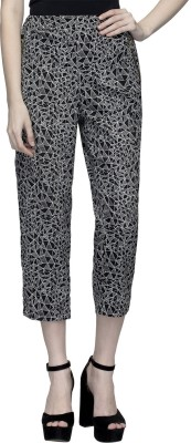 Oxolloxo Women's Black Capri at flipkart