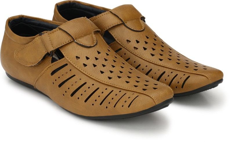 SHOE DAY Men TAN Sandals