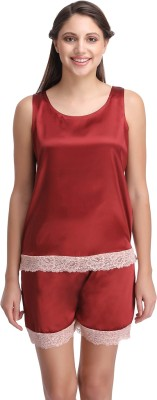 Clovia Women's Solid Maroon Top & Shorts Set at flipkart