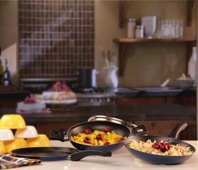 Pigeon Essentials Cookware Set(Aluminium, 3 - Piece) at flipkart