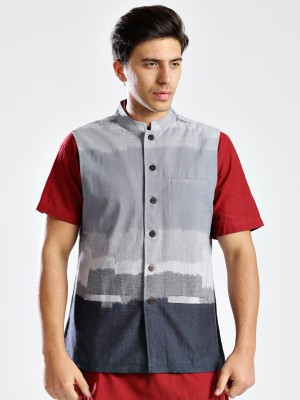 Fabindia Sleeveless Self Design Men's Jacket